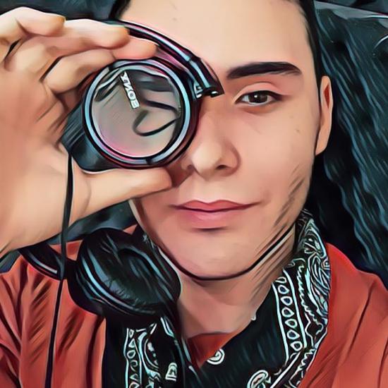 Blogger Joel Andrés Poblete Jara - Creador de Contenido
