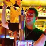 Showmb: Influencer Platform -   Sergio Serrano - Bartender.