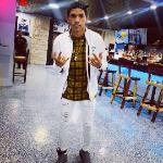 Blogger  Billy Noa Matos - singer