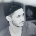 Blogger  Santi Avila  - Opositor