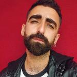 Blogger    Andoni Carvajal - Activismo, moda, lifestyle.